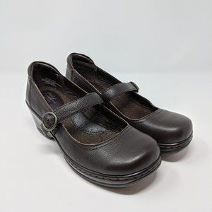 Great Northwest Brown Leather Mary Jane Clogs Sz 8